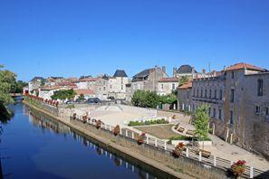 Ubytování Fontenay Le Comte, Francie