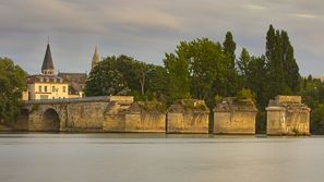 Ubytování Poissy, Francie